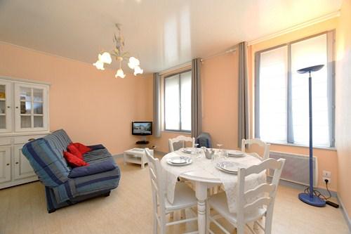 location de vacances appartement 1er etage villa aigue marine le touquet. Black Bedroom Furniture Sets. Home Design Ideas